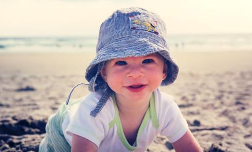 bébé sur la plage à Ogunquit