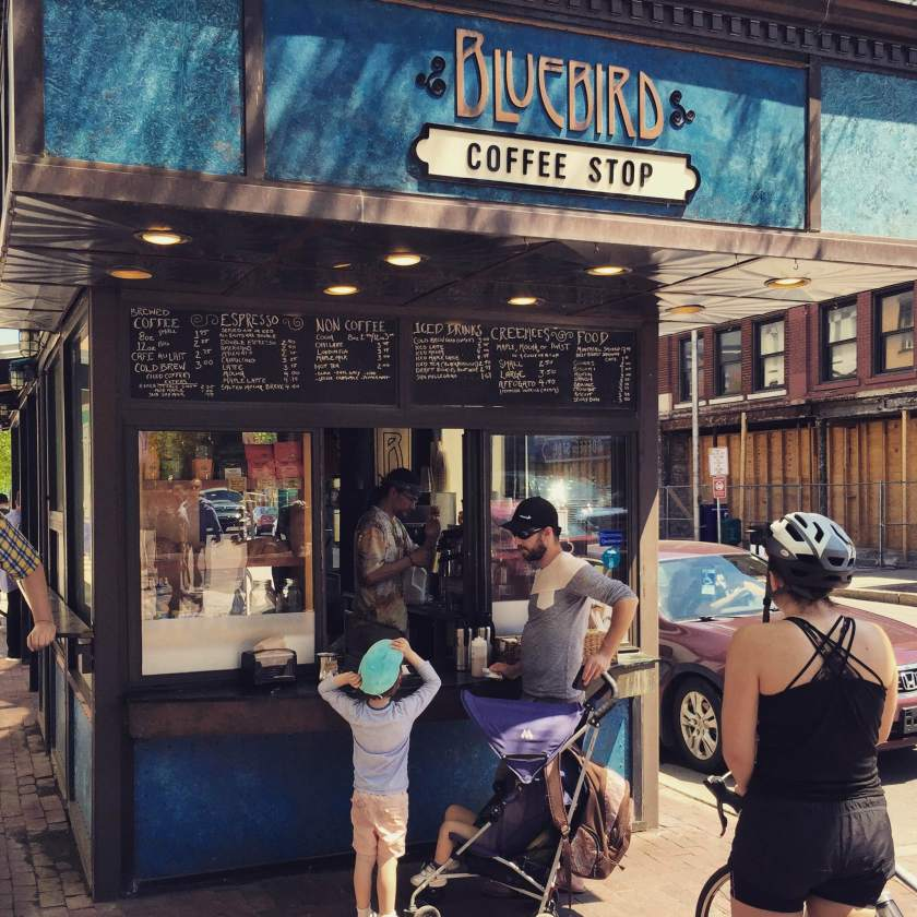 Un bon café à Burlington sur la rue Church